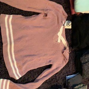 Pink sweater brand new!